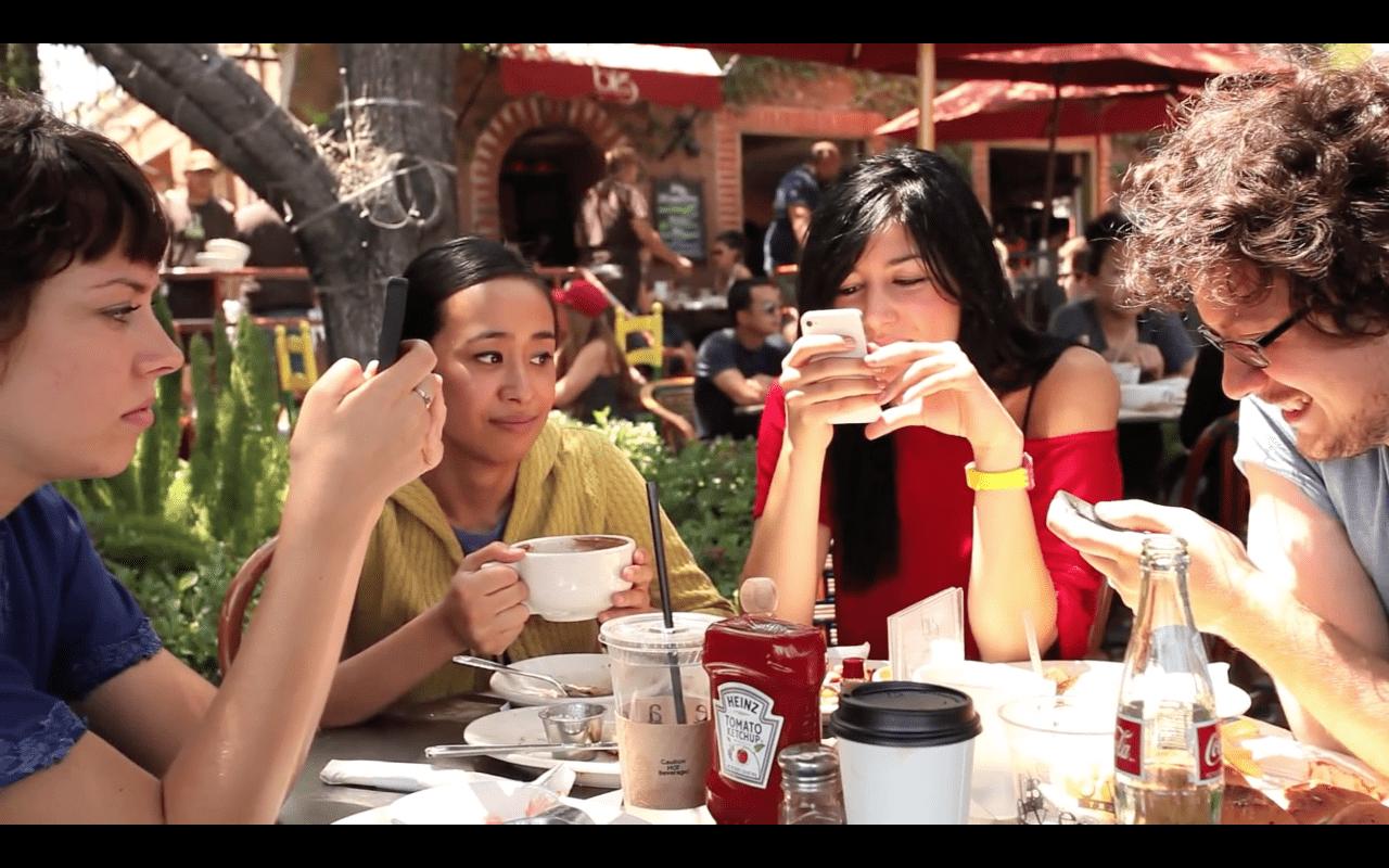 Sollicitations numériques : distractions individuelles et collectives